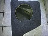 Caixa de fibra de vidro corsa sedan,  pronta com carpete na cor. telefone para contato: 2036 - 0903 / 99892 - 5559 vivo. r$100, 00