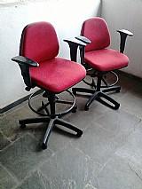 Cadeira giratoria mackey