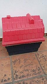 Casinha usada para cachorros pequenos