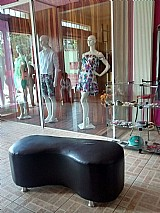 Maravilhosa loja de roupas unissex