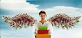 Rapaz carregando caixas de presentes,  postal retangular e anjinho