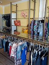 Mobiliário completo de loja