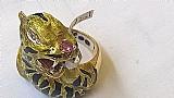 Anel em ouro ouro modelo gato da cartier em esmalte brilhantes
