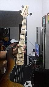 Baixo tagima jazz bass 5 cordas