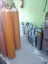 Cilindros de oxigenio, acetileno, nitrogenio , co2,  helio e argonia