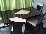 Mesa de sala com 6 cadeiras
