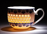 Glowing porcelain coffee&tea cup