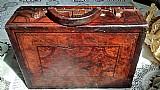Maleta de couro legitimo   de 70 anos.antiguidade