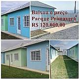 Casa  em itaguai 120.000, 00 condominio fechado com  2 quartos, sala, cozinha, banheiro, financiado pela caixa econômica