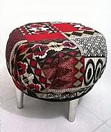Puffs decorativos sob encomenda. pecas unicas e exclusivas produzidas de forma artesanal.