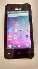 Smartphone blu usado