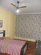 Alugo quarto na tijuca para jovem ou senhora mobilhado