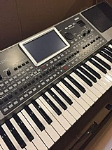 Korg kronos 88 key music workstation