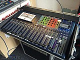 Soundcraft si expression 2 - 24-channel 24-ch digital console mixer