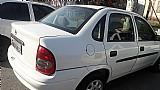 Corsa sedan,  ano 2001,   branco e 4 portas