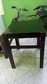 Faço mesas envernizadas