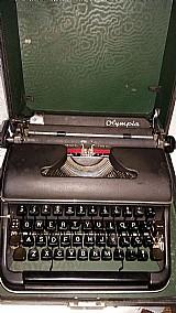 Maquina escrever portatil olympia