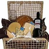 Cesta de queijos e vinho brasileiro