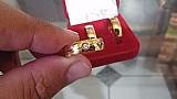 Par de alianca 6mm com pedra na feminina banhada a ouro 18k em aliancas