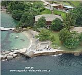 Casa de alto padrao com praia privativa em angra dos reis.