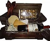 Cestas de queijos e vinhos-frete gratis em 90% de sao paulo/sp (11)3445-9680