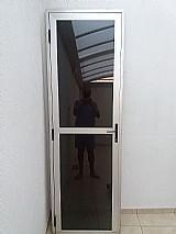 Porta esquadria de aluminio com vidro