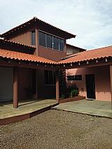 Casa no residencial portal do lago