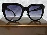 Óculos de sol feminino armacao preta gucci