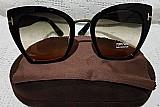 Óculos de sol feminino armacao preta lente marrom tom ford