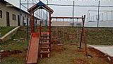 Playground de madeira casinha de tarzan