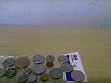 Vendo umas moedas antigas de cruzeiros e cruzados