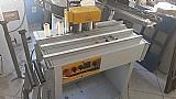 Coladeira de bordas idea usada com mesa de roletes