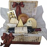 Cestas de queijos e vinhos no jardim nazareth-frete gratis (11)2606-0490
