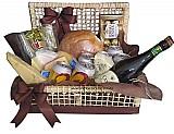 Cesta de queijo e espumante na cachoeirinha (11)2361 5884