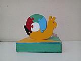 Quebra-cabeca educativo colorido em madeira