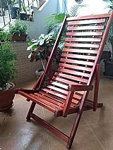 Cadeira em madeira com 3 posicoes