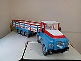Carreta carroceria grande de brinquedo em madeira