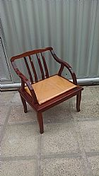 Cadeiras de apoio em mogno acochoada 2 cadeiras