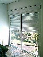 Limpeza e reparo em persiana externa.