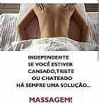 Senhora massagista experiente