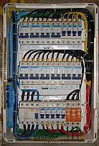 Executamos servicos de instalacao e manutencao eletrica