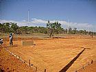 Construção de quadra poliesportiva e alambrado