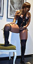 Dominadora profissional / queen / prodomme / dominatrix garota de programa