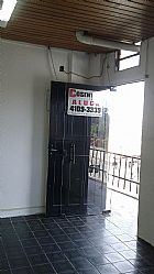 Sala comercial frente corredor de trolebus - piraporinha
