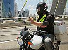 Entregador de bicicleta e motoboy por aplicativo