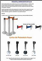 Pedestal demarcador, organizador de filas unica