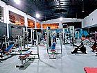 Academias de musculacao lutas coletivas e piscina