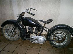 vendo moto Harley Davidson 750 old school bobber chopper