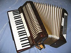 Hohner Verdi V Accordion 120
