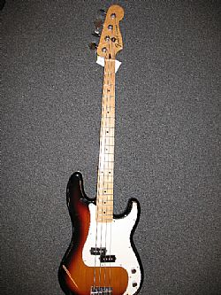 fender p bass,  201 made in mexico,  novo,  . otimo preco.